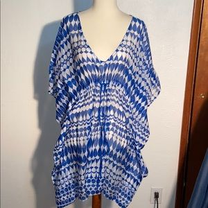 Echo swimsuit coverup